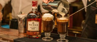 Own winter with Van Ryn's brandy and NOMU hot chocolate