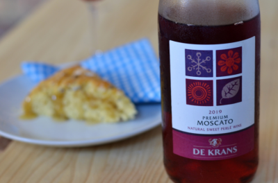 A Lazy Weekend Brunch:  KEG Scones and Fizz! (Featuring De Krans Moscato)