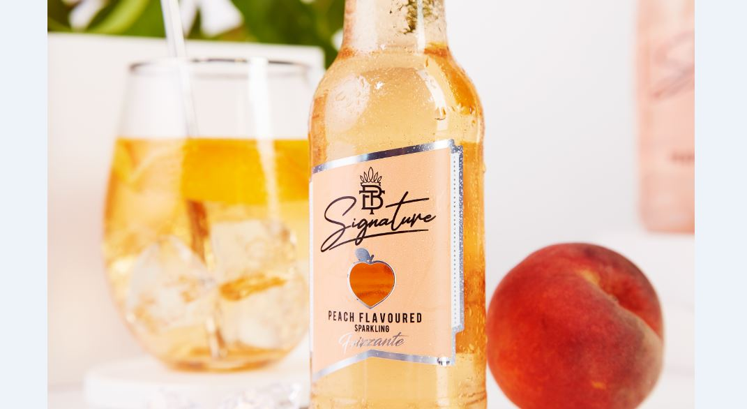 Making her mark: Boity Thulo launches premium peach flavoured sparkling fruit drink (Drink News)